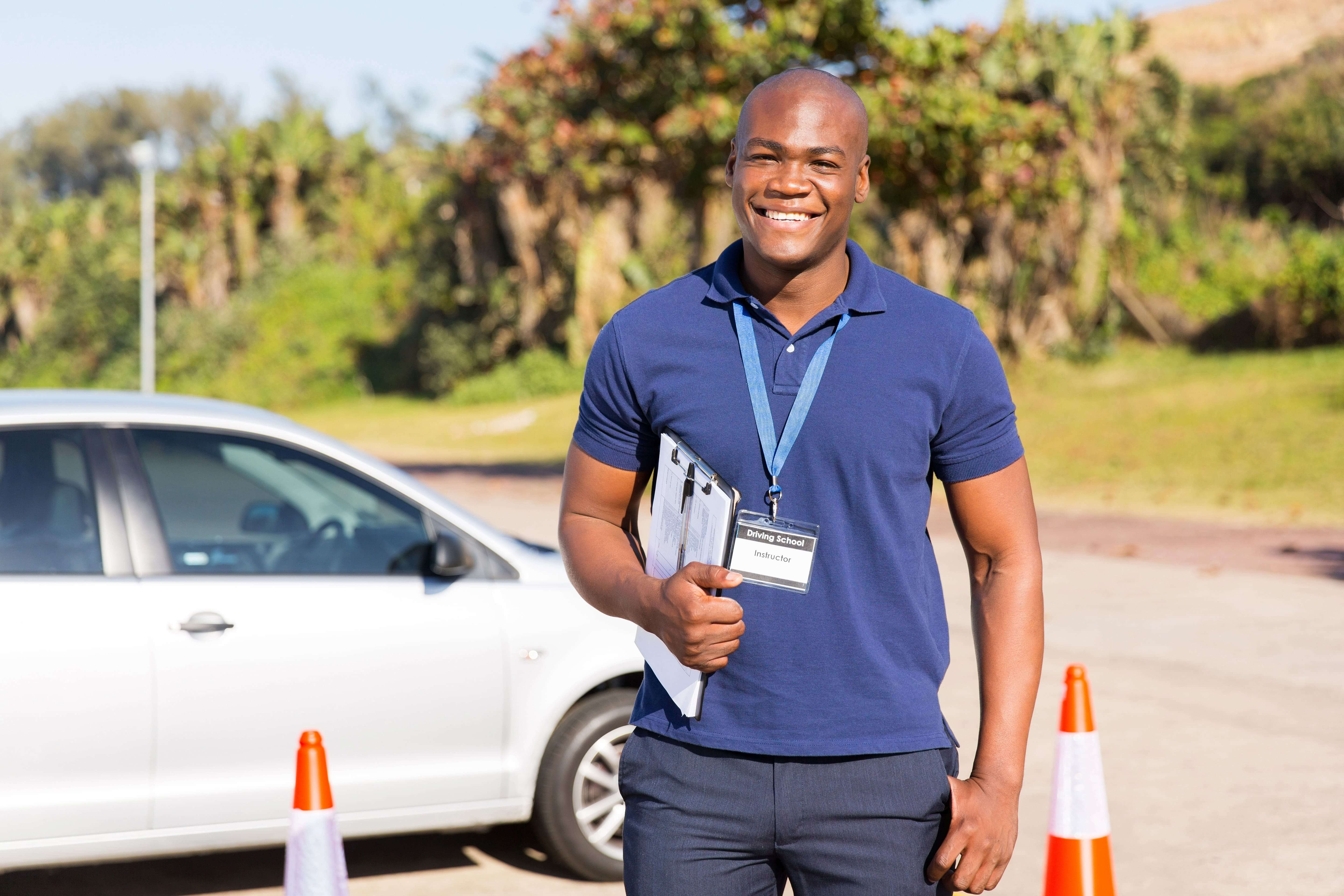 driving_instructor_clipboard_driving_test
